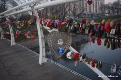 locks competition on the bridge of love