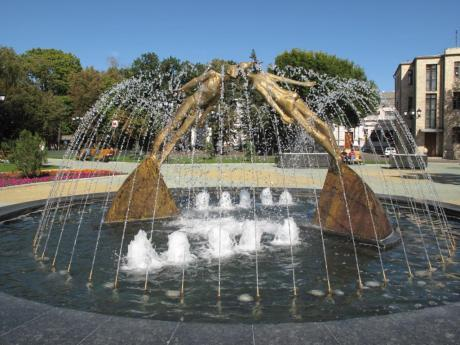 fountain-on-pushkinskaya